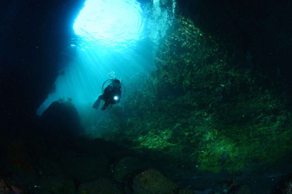 11月から3月までの期間限定ポイント小曽我洞窟